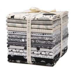 CS203P-FQB Full Moon Fat Quarter - Bundle