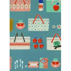 M0018-001 Picnic - Picnic Baskets - Blue Fabric